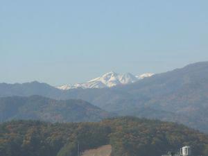 隣の山.jpg